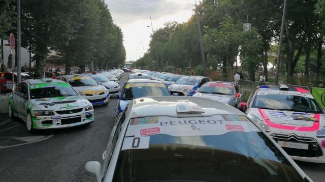 Voitures prêtes pour le Rallye du Rouergue