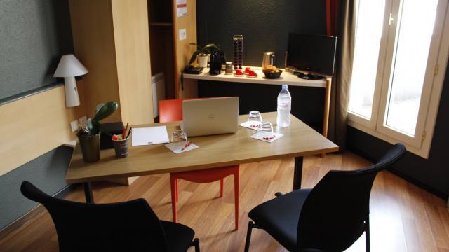 Bureau de l'hôtel Ibis