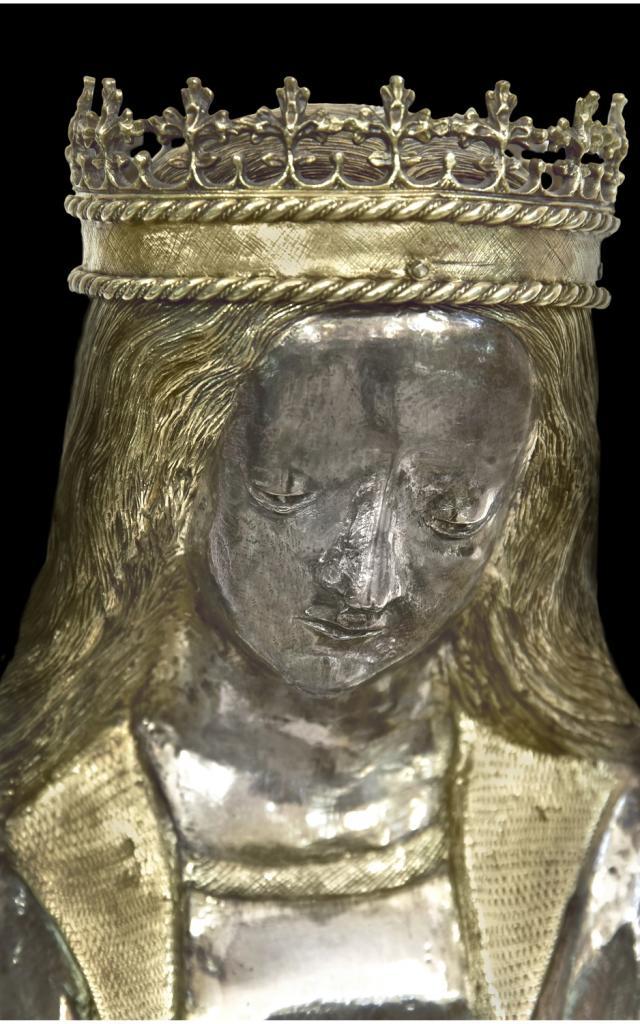 Statuette En Argent De Sainte Foy (détail), Commune De Conques En Rouergue (c) Drac Occitanie Jean François Peiré