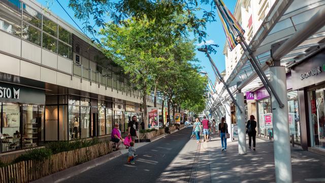 shopping-saint-nazaure-bauza.jpg