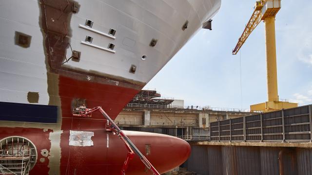 visite-chantiers-navals-3-st-nazaire-crdit-c-raynaud-de-lage.jpg