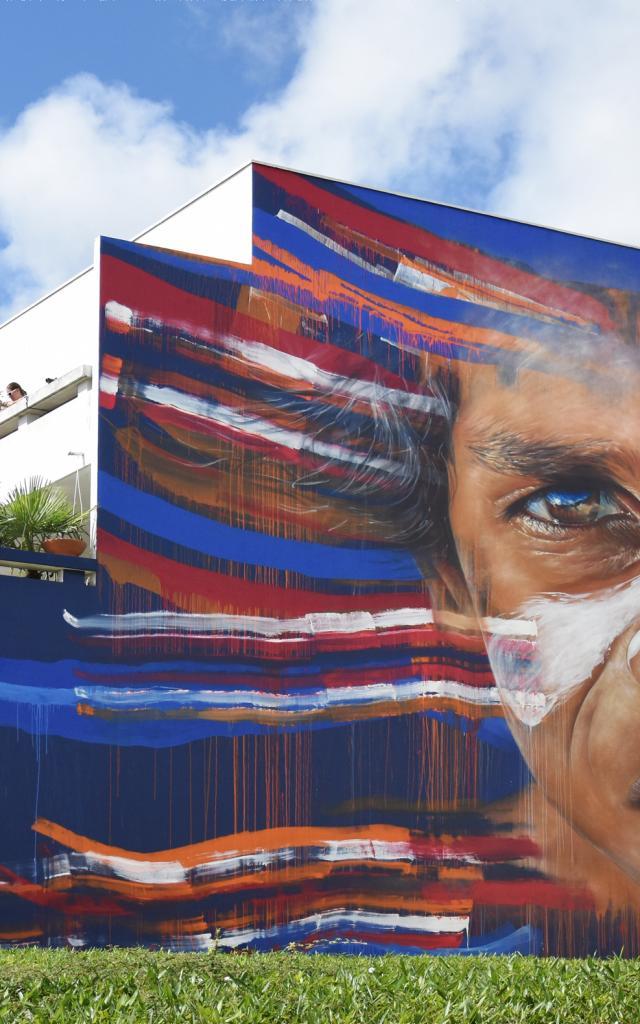 Fresque aborigène Matt Adnate Street Art Saint Nazaire
