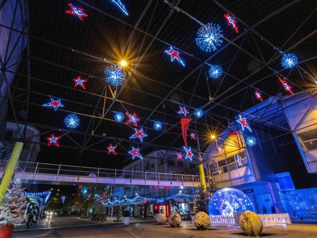 Illuminations Saint-Nazaire Noel 2020 Shopping