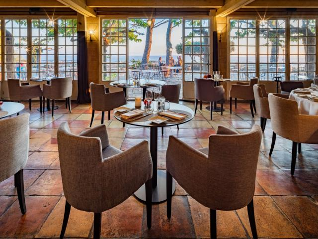 Page Destination Restaurant L Abbaye De Sainte Croix Restaurant Robert Palomba