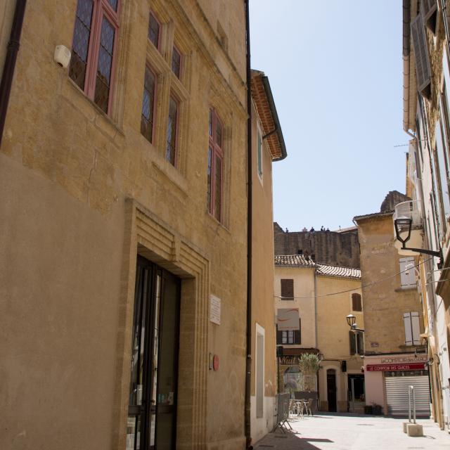 Maison Nostra