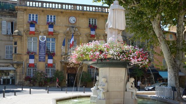 Page 22 Hôtel De Ville