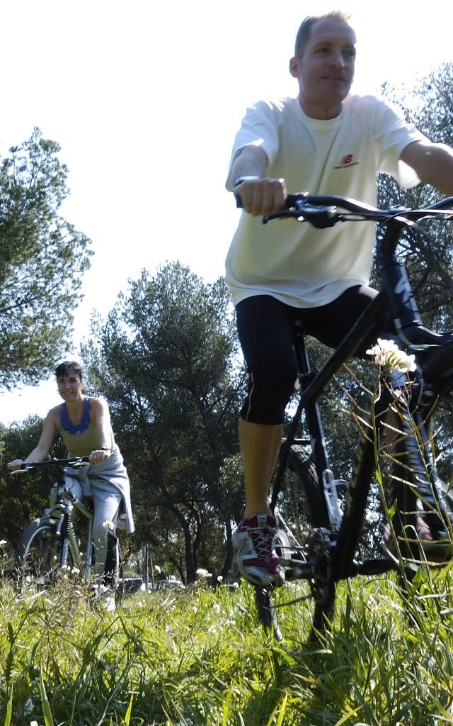 Cyclisme et VTT. www.ericfabrer.fr - contact@ericfabrer.fr - + 33 6 62 36 20 91 - Haute définition sur demande.