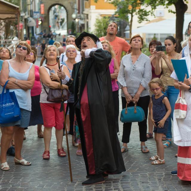 Sur Les Pas De Nostradamus 3