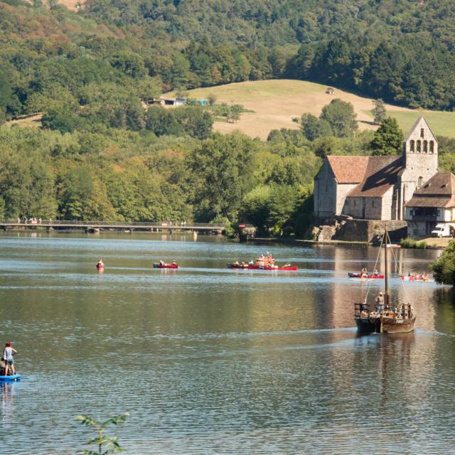 Gabare à Beaulieu-sur-Dordogne