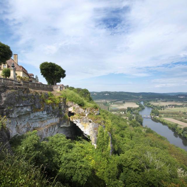 Vue sur la Vallée de la Dordogne depuis la Barre de Domme