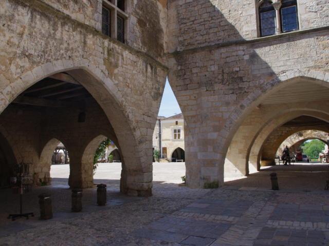 Bastide de Monpazier dans le sud du Périgord