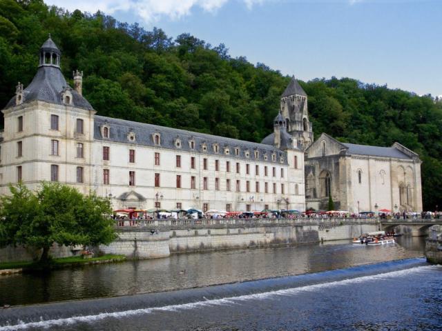 Abbaye de Brantôme, la venise verte de la Dordogne