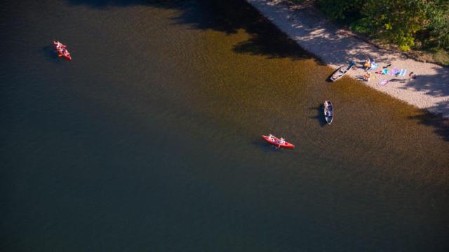 Canoës sur la Dordogne
