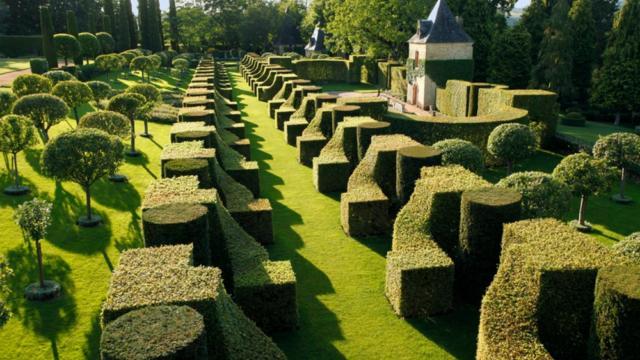 Les Jardins du Manoir d'Eyrignac à Salignac, Pays de Fenelon