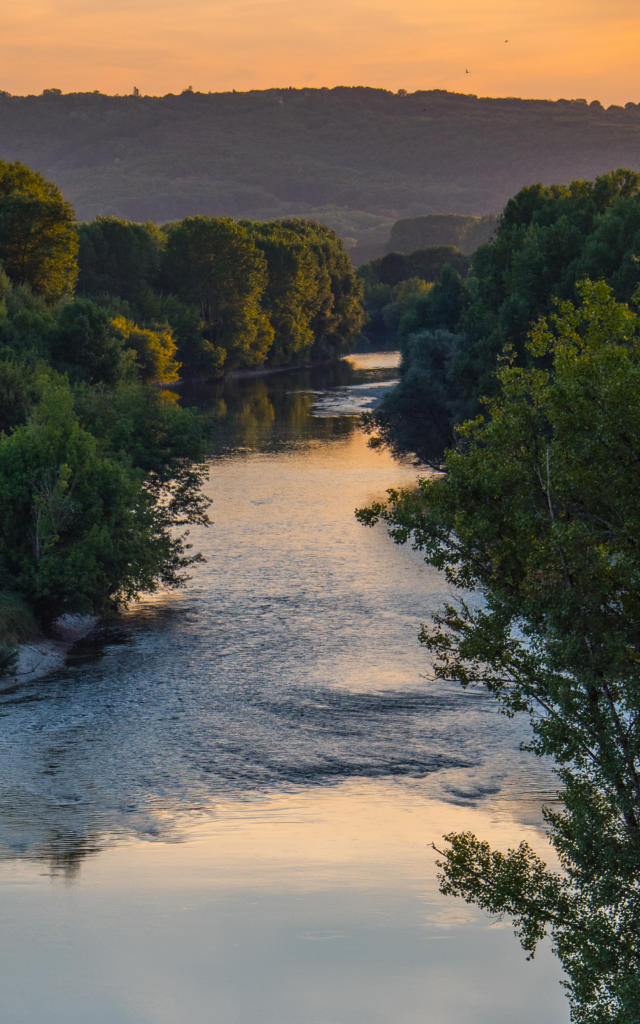 la rivière Dordogne depuis Beynac et Cazenac