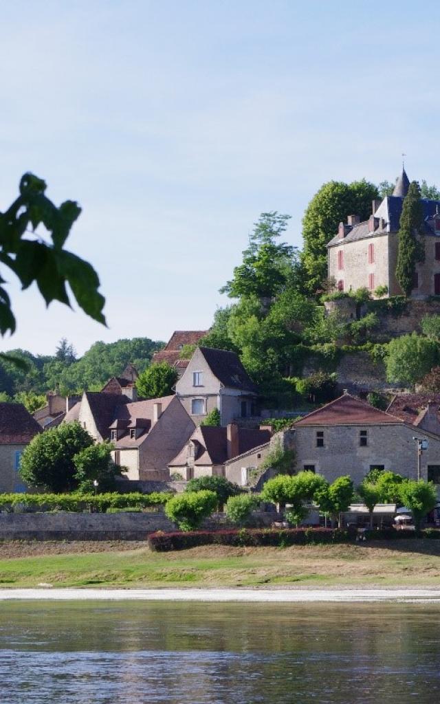 Village de Limeuil, à la confluence de la Dordogne et de la Vézère