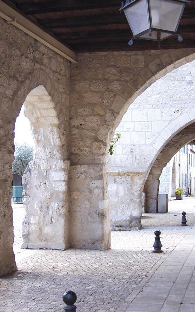 Bastide d'Eymet en Périgord pourpre