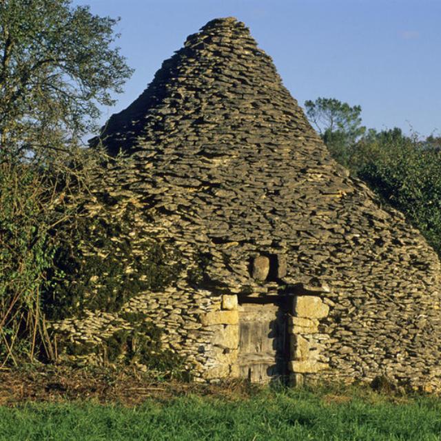 Cabane de pierrres seches - borie - Saint Vincent le Paluel