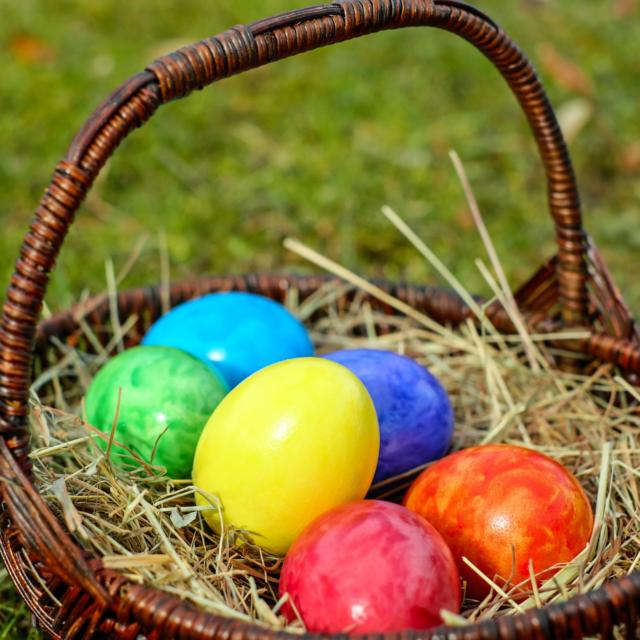 Chasse aux Oeufs De Pâques à Sarlat