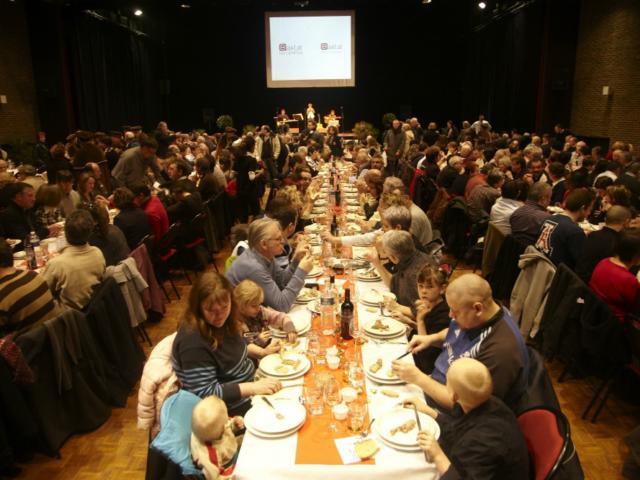 Banquet pendant Fest'oie à Sarlat