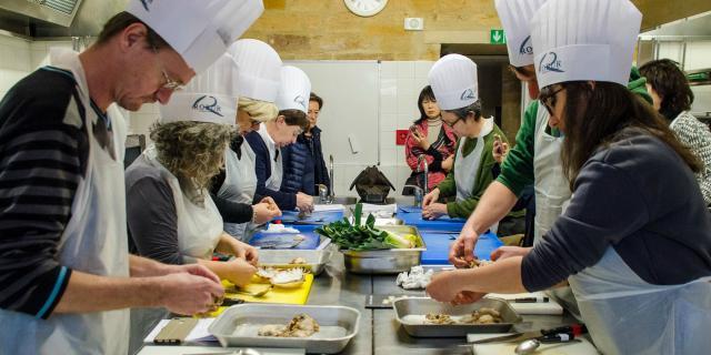 Stage de cuisine pendant la fête de la truffe à SarlatTruffe Sarlat1