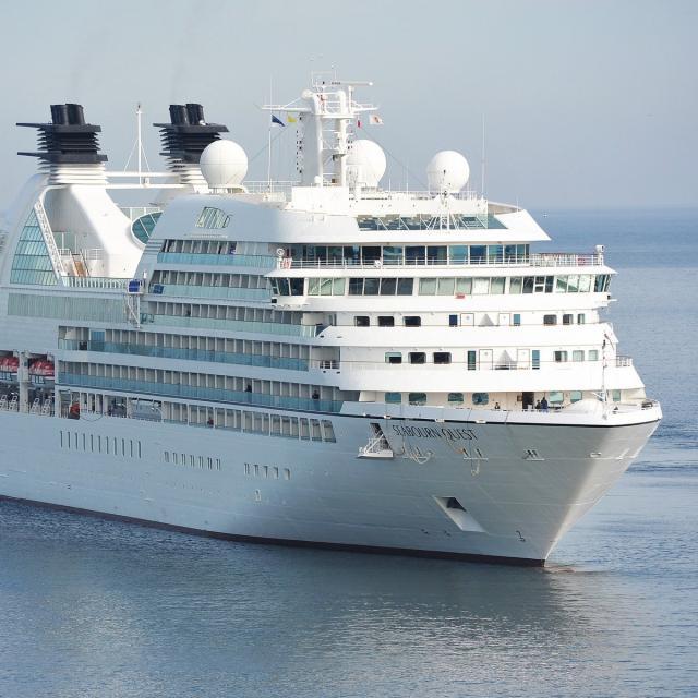 cruise-1578528-1920.jpg