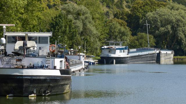 Sentier des deux Amants - la Seine après l'écluse