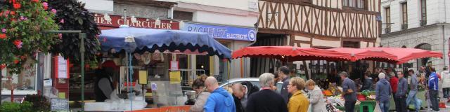 Le marché Pont-de-l'Arche