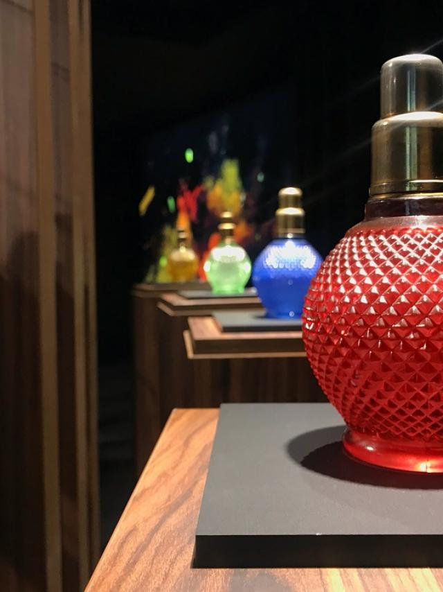 Lampe A Universelle Rouge Maison Berger Paris