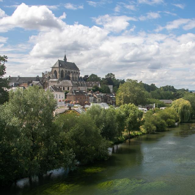 Vue de Pont-de-l'Arche