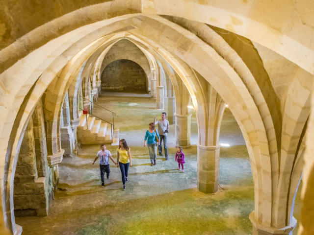 Cellier < Abbaye Saint-Jean-Des-Vignes < Soissons