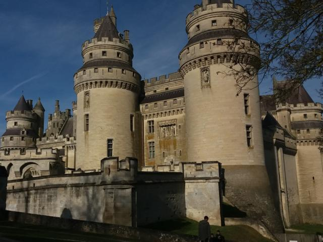 Château de Pierrefonds < Pierrefonds < Oise