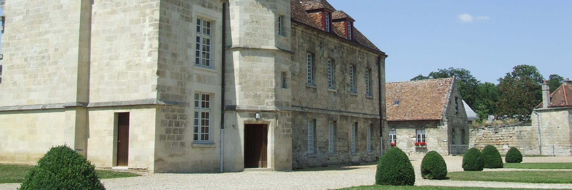Logis de l'abbé < Abbaye Saint-Jean-des-Vignes < Soissons