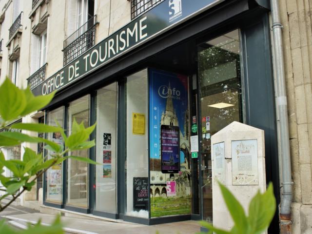 Façade < Office de Tourisme du GrandSoissons < Soissons