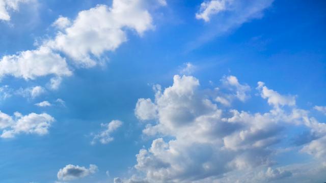 Rêvez la tête dans les nuages < Soissons