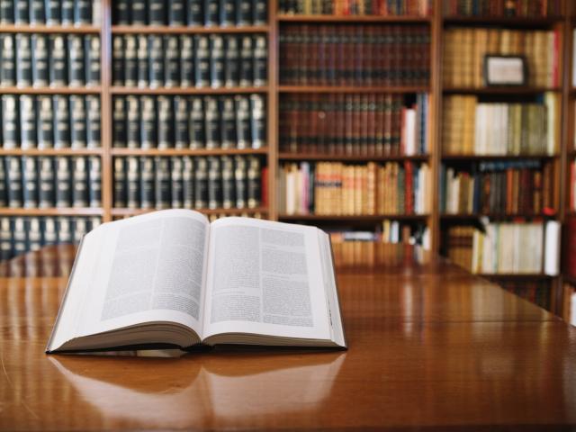 Bibliothèque < Soissons