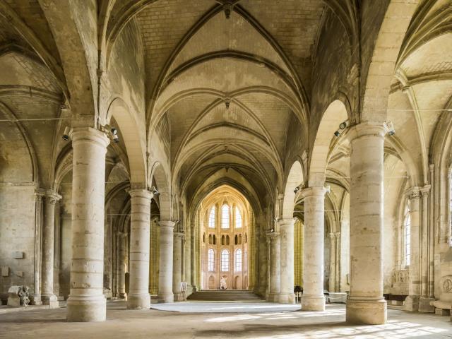 Abbaye Saint-Léger < Soissons