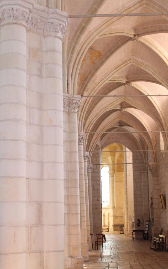 bas-côté - église de Selles-sur-Cher