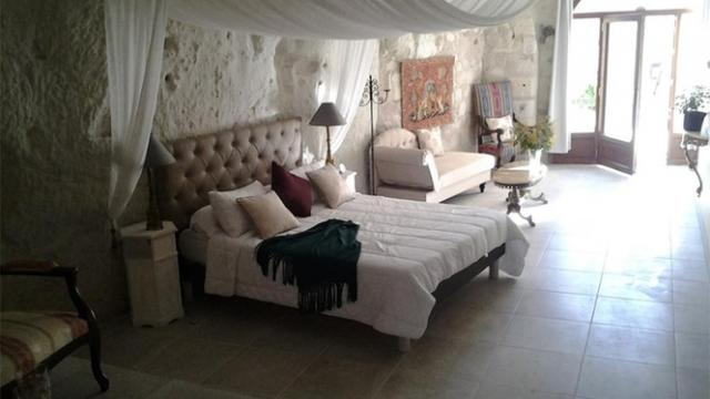 Chambre Troglodyte au Manoir des Roches