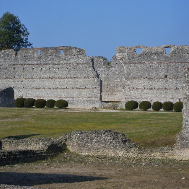 Enigmatique Monuments des Maselles Sites Gallo Romain Thésée Loir-et-Cher