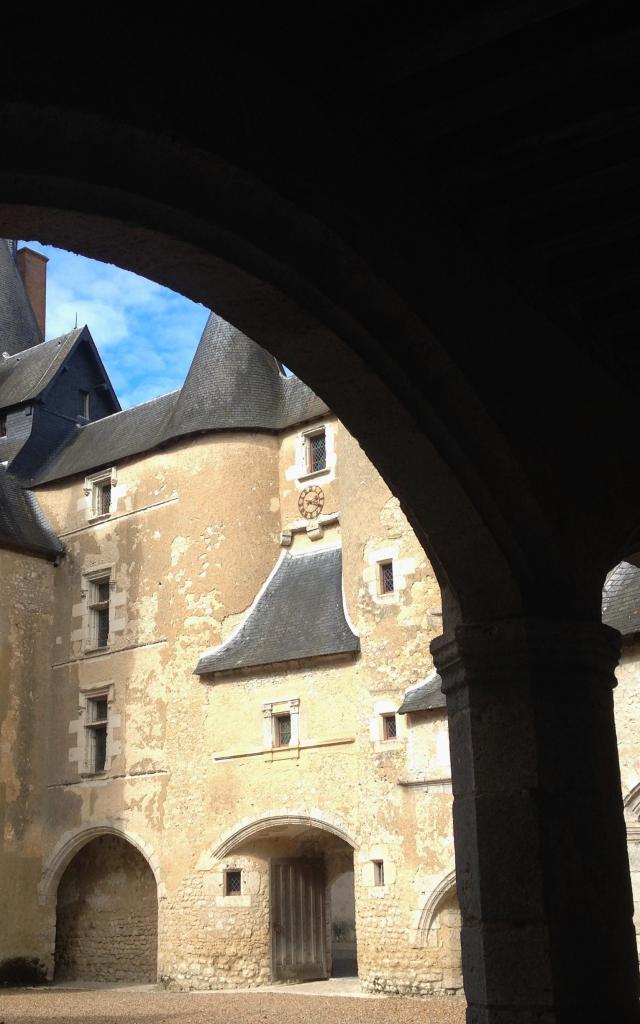 Chateau De Fougeres (18)