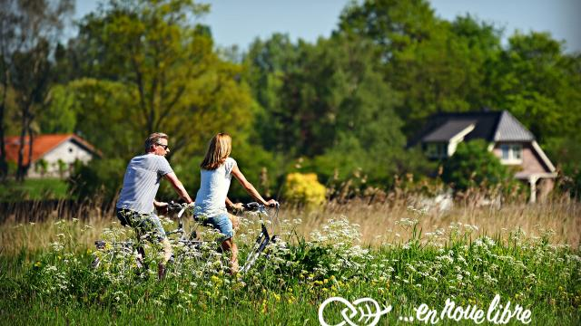 en roue libre - discover the nature by bicycle or by foot