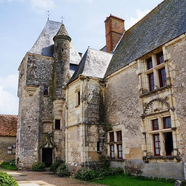 Chateau De Chémery Non Libre De Droit
