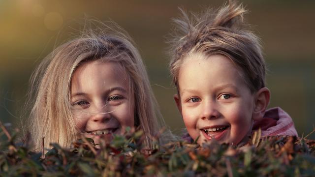 Enfants Joyeux en vacances Automne Sudvaldeloire