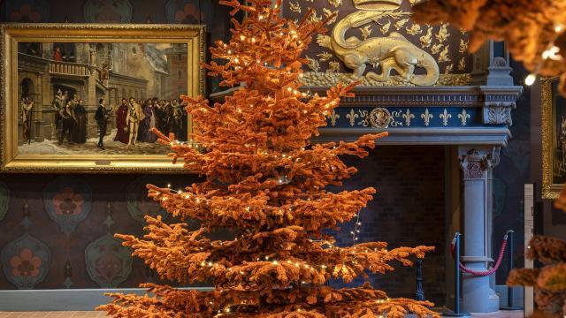 Blois au château royal, les décorations de Noël dans la salle des états généraux, les appartements royaux de l'aile François Premier et dans la chapelle.