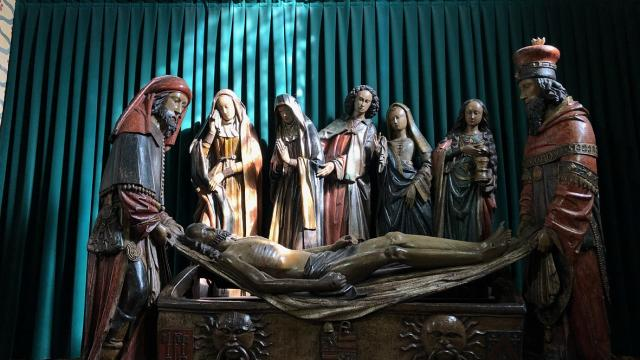 Mise Au Tombeau Abbaye De Moissac