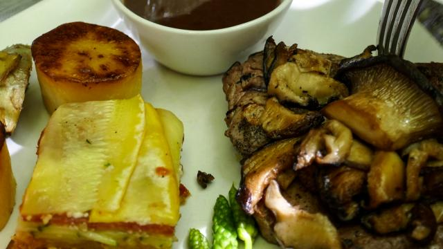 Omelette Aux Cèpes De L'auberge Des Sens