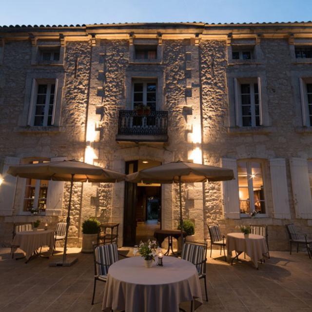 Chateau De L'hoste Nuit