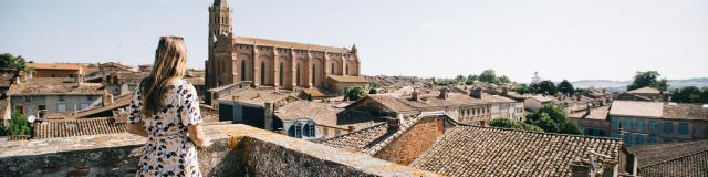 Vue de l'église de Beaumont de Lomagne