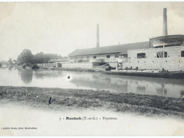 Le canal de Garonne proche de la pente d'eau de Montech